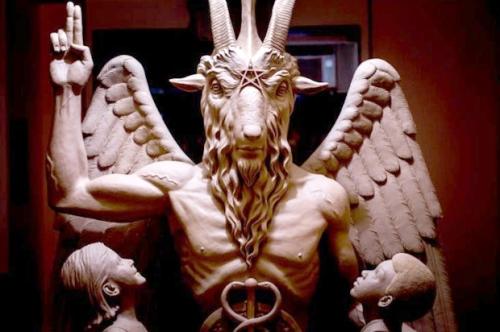 baphomet-satanic-statue